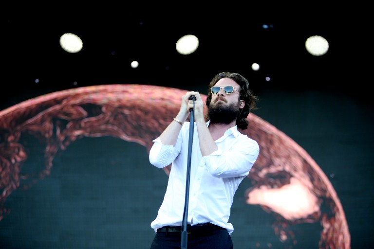 father-john-misty-debuts-new-song-at-wildfire-benefit-watch