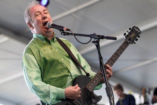 Buzzcocks singer Pete Shelley dies at 63