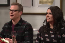 matt-damon-gets-into-a-heated-argument-about-weezer-snl-watch