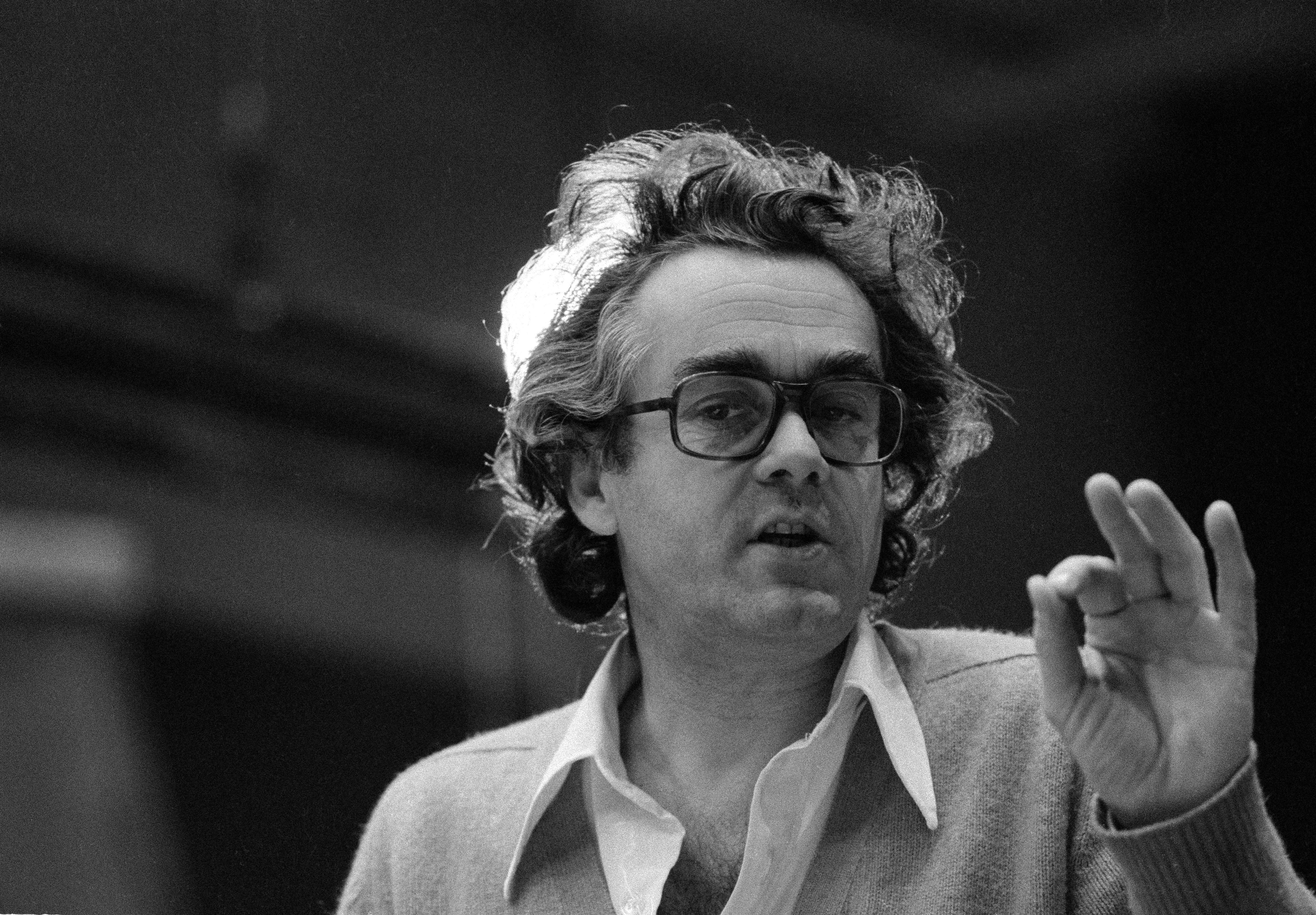 michel-legrand-oscar-award-winning-composer-obituary
