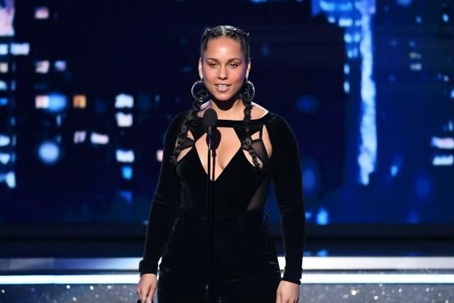 2019 Grammys: Alicia Keys To Host 2019 Grammy Awards