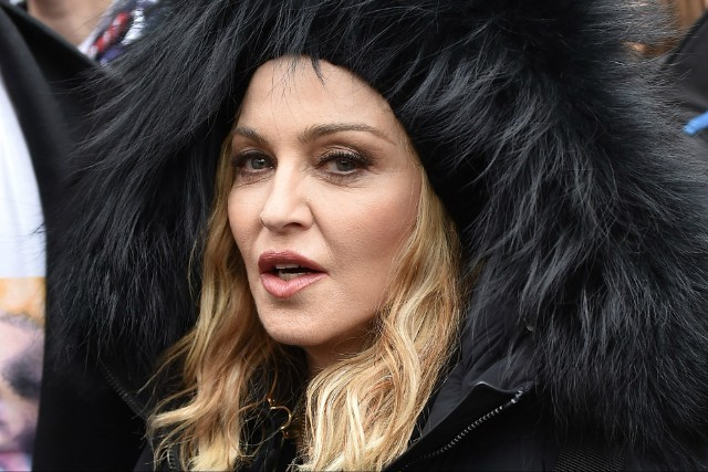 madonna-gives-surprise-performance-at-stonewall-inn-watch