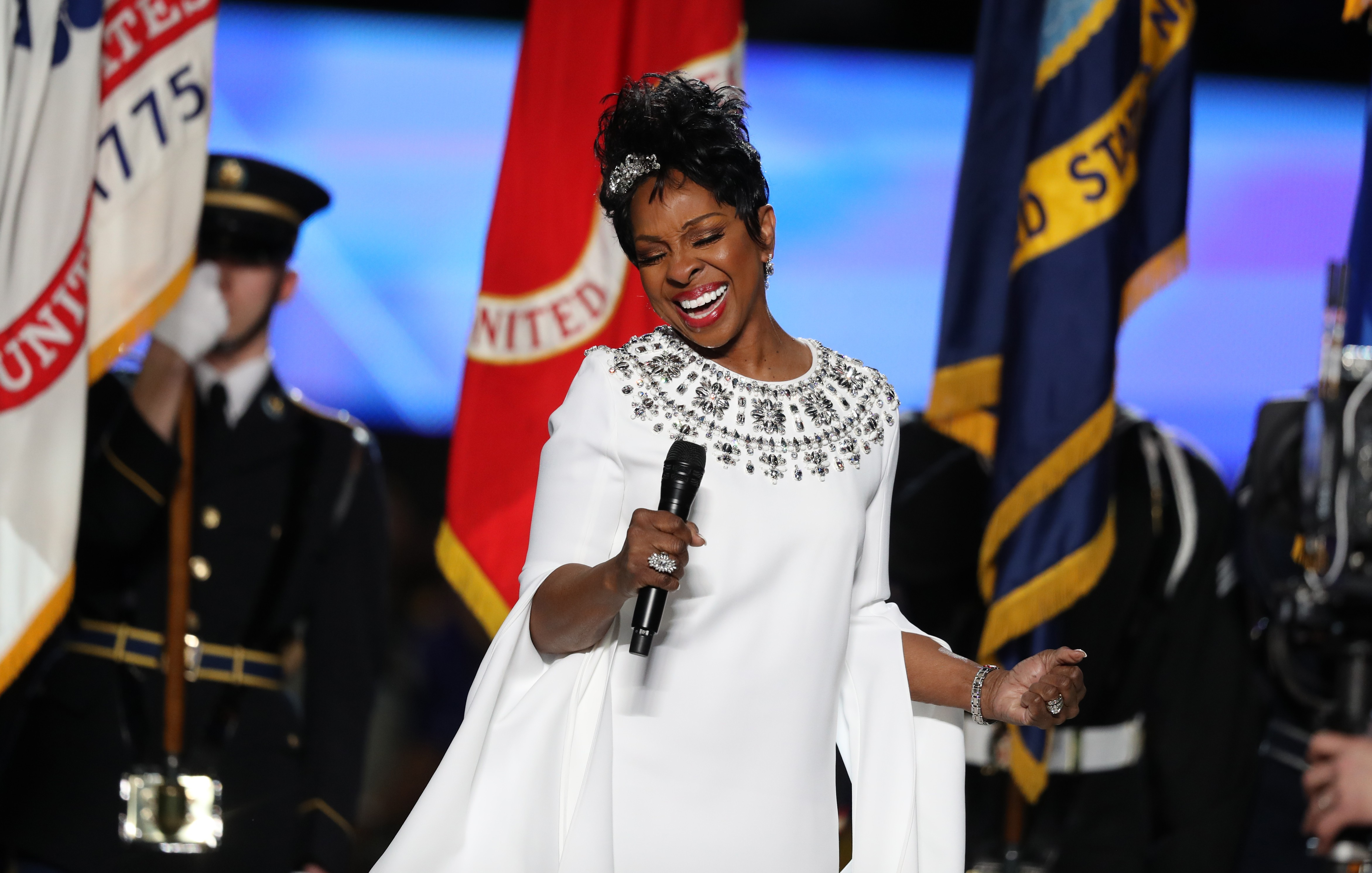 gladys-knight-sings-the-national-anthem-at-super-bowl-2019-watch