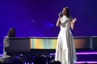 "Grammys 2019: Watch Kacey Musgraves Perform ""Rainbow"""