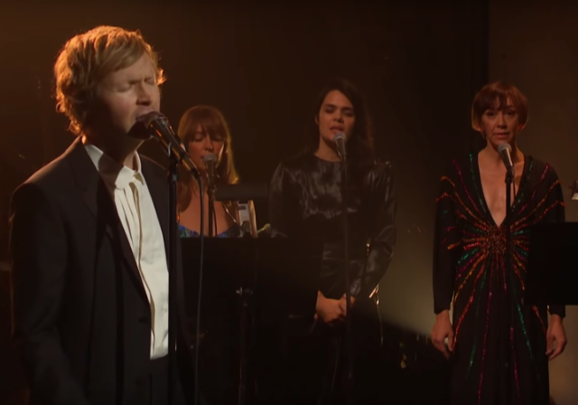 Beck Colourbox Roma Late Late Show Corden