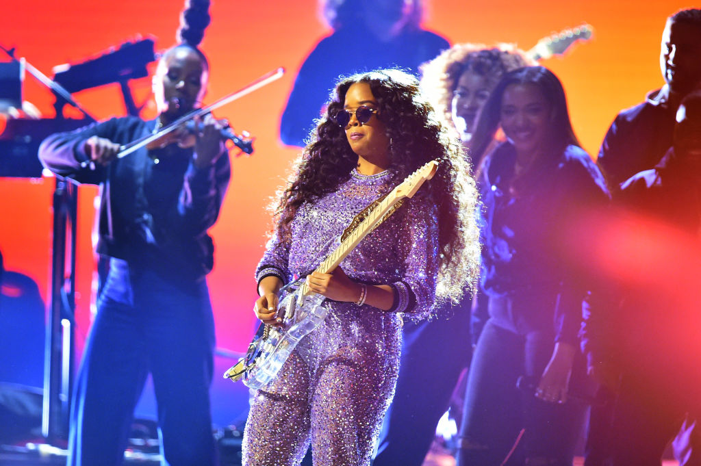 grammys 2019 watch h e r perform hard place spin https www spin com 2019 02 her grammys 2019 performance video