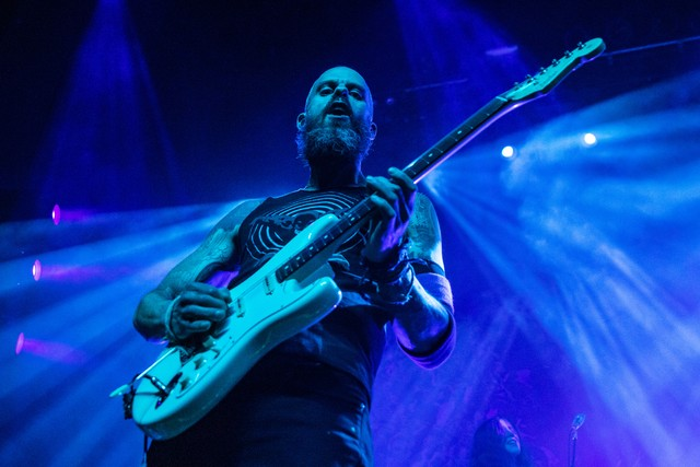 baroness-debut-new-song-in-houston-watch