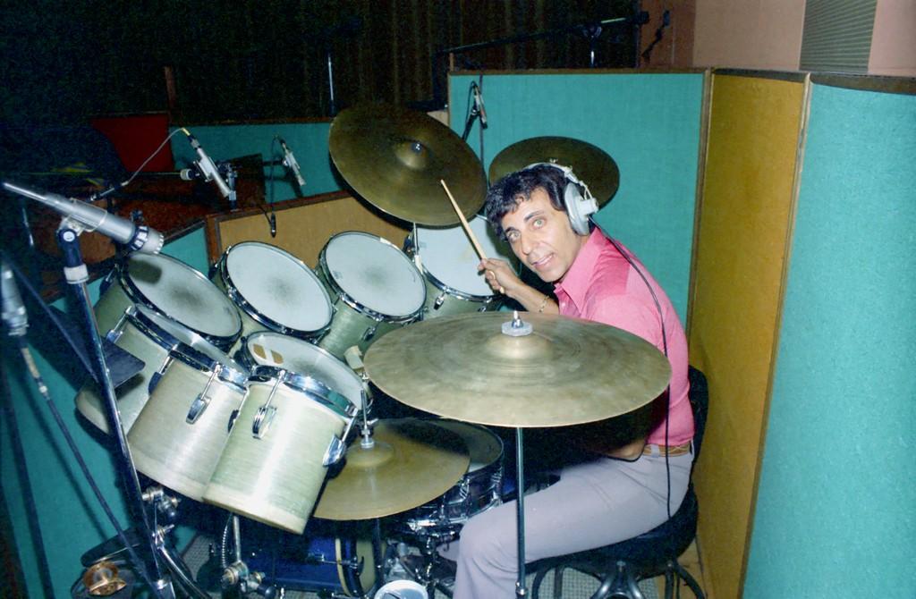 Drummer Hal Blaine Dead at 90