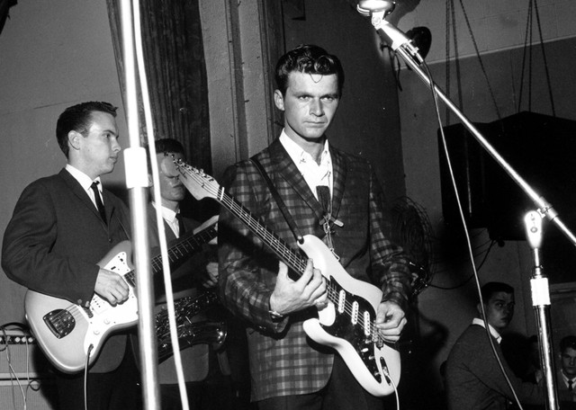 dick-dale-surf-guitar-dead-at-81-obit