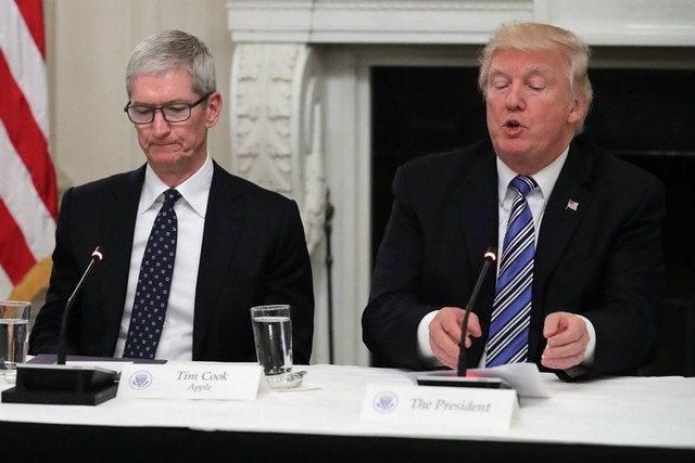 Donald Trump Denies Calling Tim Cook