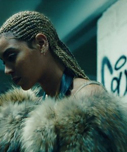 Beyoncé's Lemonade Is Finally Streaming on Spotify and Apple Music