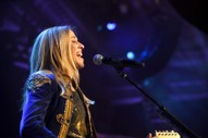 Watch Sheryl Crow Cover Linda Ronstadt Classics at Tribeca Documentary Premiere