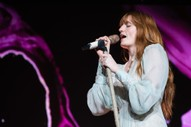 "Florence + The Machine Premiere New Song ""Jenny of Oldstones"" on <i>Game of Thrones</i>"
