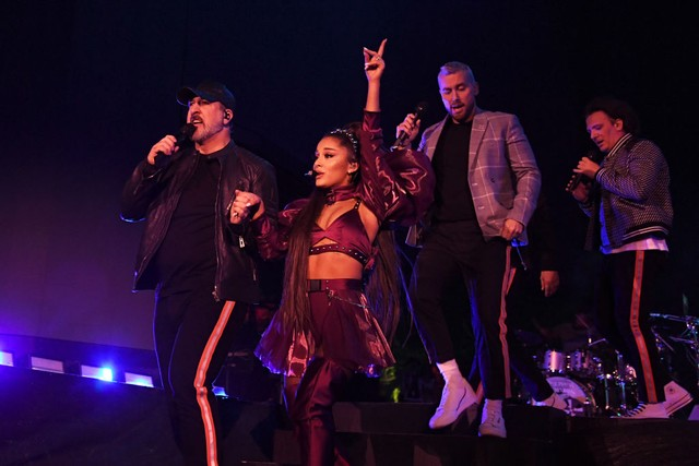 Ariana Grande casually reunites 'N Sync at Coachella
