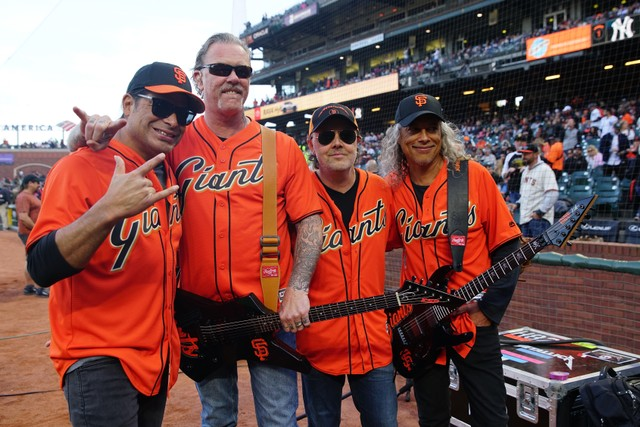 metallica-perform-star-spangled-banner-at-san-francisco-giants-game-watch