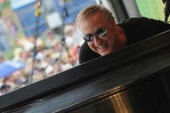 The Weirdo's Guide to Bruce Hornsby, Reigning King of Soft Rock Strangeness