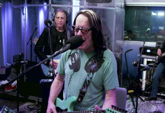 todd-rundgren-covers-weezer-hash-pipe-live-at-siriusxm-watch