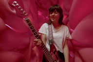 "Video: Courtney Barnett – ""Everybody Here Hates You"""