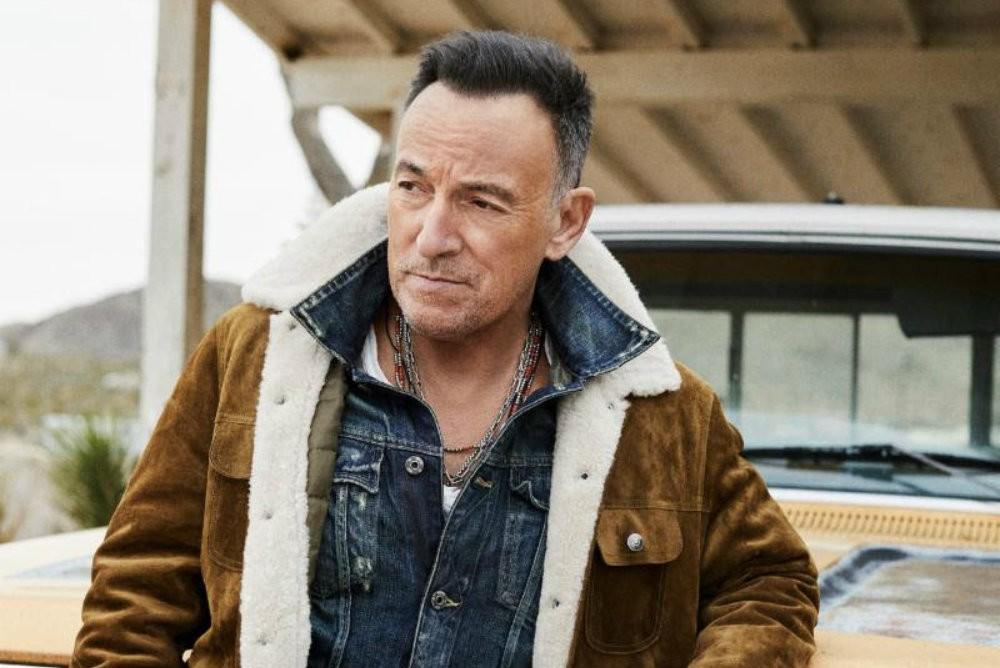 "Bruce Springsteen Releases ""Hello Sunshine"""