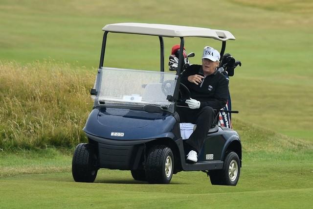 Rick Reilly's New Book Describes How Donald Trump Cheats At Golf