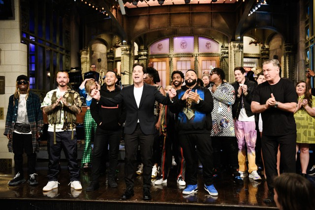 cfef7c0e67c DJ Khaled Brings Out Lil Wayne, John Legend, Meek Mill, More for ...