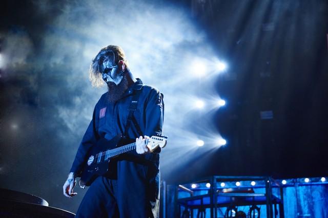 Slipknot Perform
