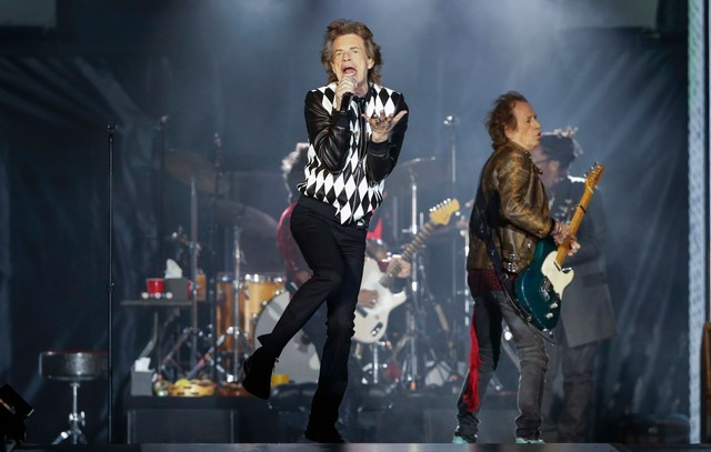 rolling-stones-play-sad-sad-sad-in-first-show-since-mick-jagger-heart-surgery-watch