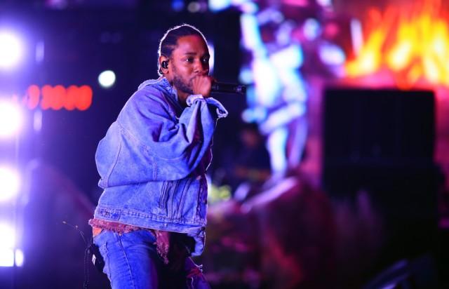 Kendrick Lamar datovania AnnaSophia Robbová Robb Gay cukor otecko datovania zadarmo