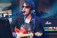 """Watch Spiritualized Perform """"I'm Your Man"""" on <i>The Late Show With Stephen Colbert</i>"""