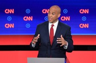 Democratic Presidential Debate Repeatedly Interrupted by Protesters on Second Night