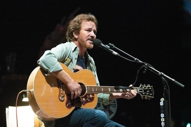 Eddie Vedder Performs In Berlin