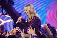 """Who Could Taylor Swift Possibly Be Talking About in This """"Shake It Off"""" Performance?"""