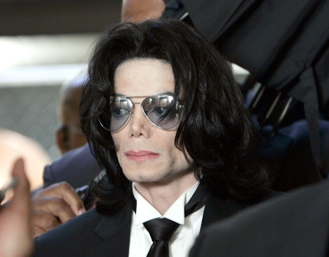 French Michael Jackson Fan Clubs Take Legal Action Against 'Leaving Neverland' Accusers