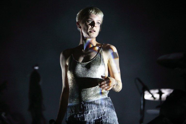 robyn-performs-between-the-lines-love-is-free-fallon-watch