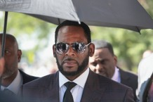 R. Kelly Accused of Sexually Exploiting 5 Girls in Federal Indictment