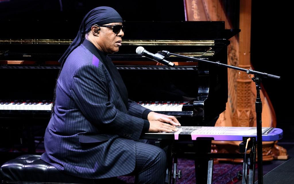 Stevie Wonder, Chance the Rapper, More Perform at Dave Chappelle's Dayton Benefit Concert