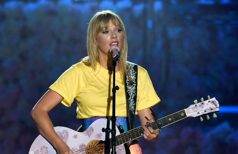 Taylor Swift Addresses Her Sexuality In New Interview Spin