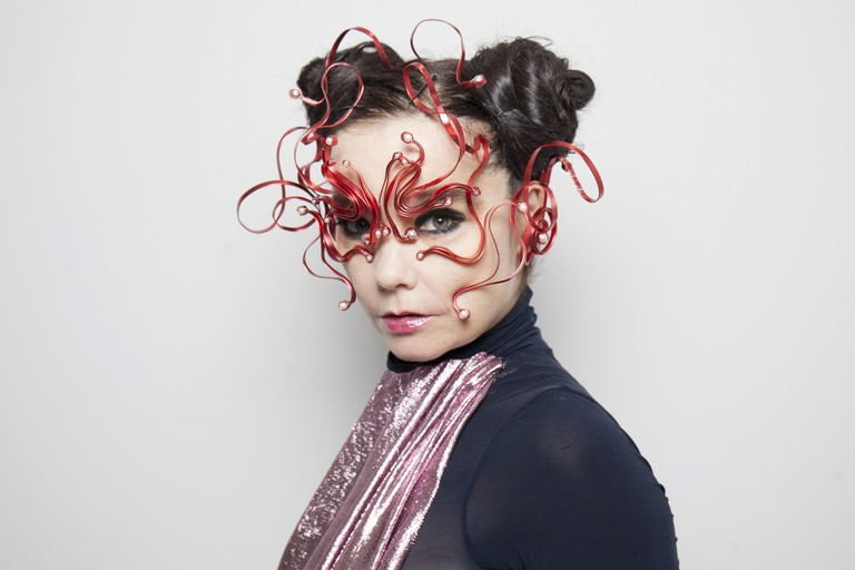 Bjork Performs In 360-Degree Virtual Reality Streaming Show In Tokyo