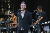 "The National and Chvrches' Lauren Mayberry Cover Frightened Rabbit's ""My Backwards Walk"""