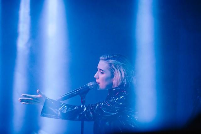 Lykke Li performing