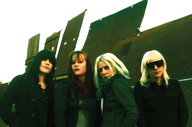 L7 Donita Sparks Interview