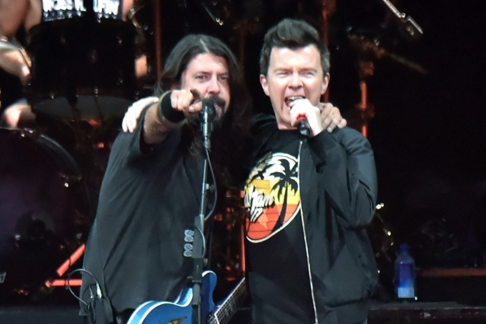 Dave Grohl and Rick Astley Duet in London Club on Friday