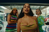 "Jorja Smith – ""Be Honest"" (ft. Burna Boy)"