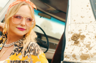 "Watch Miranda Lambert's New Video ""It All Comes Out in the Wash"""