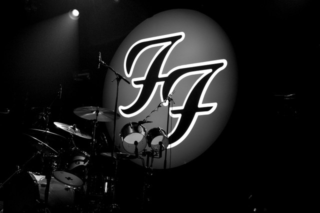 Foo Fighters logo