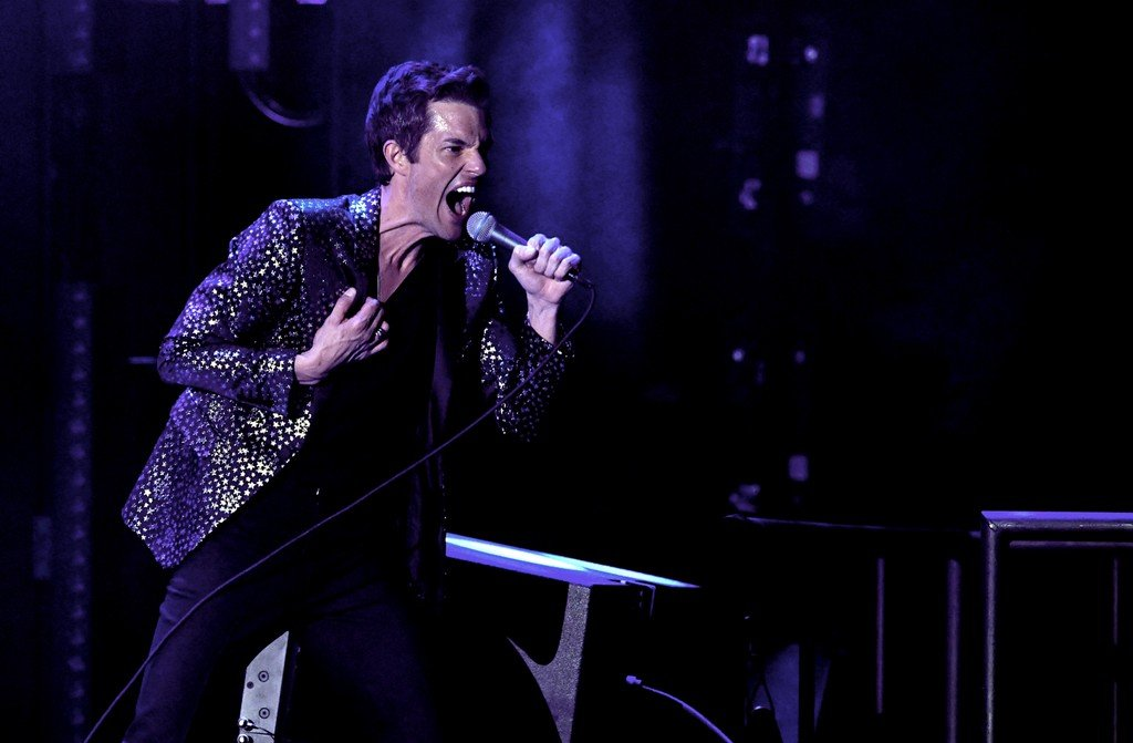 """Watch The Killers Pay Tribute to Ric Ocasek by Performing """"My Best Friend's Girl"""""""