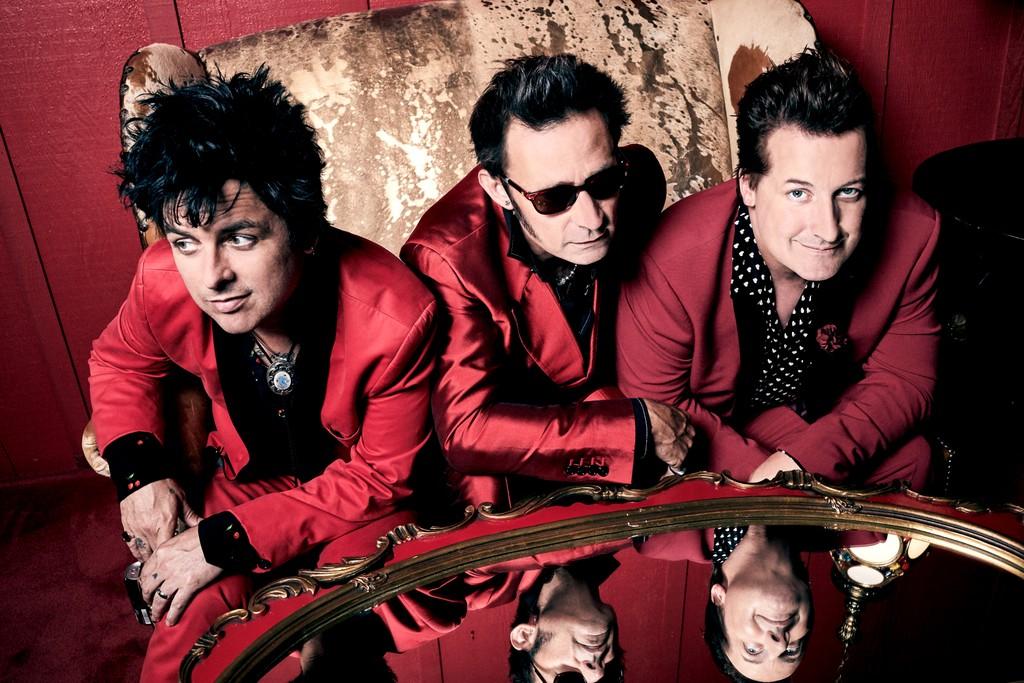"Green Day's Billie Joe Armstrong Jokes: ""Trump Gives Me Diarrhea"""