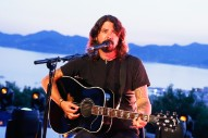 """Dave Grohl Admits Foo Fighters Are Not Cool: """"We're Totally Dad Rock"""""""