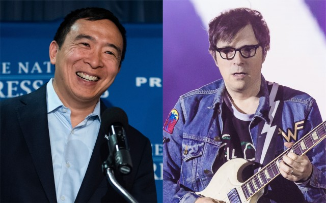 rivers-cuomo-performs-weezer-songs-at-andrew-yang-Yangapalooza-watch