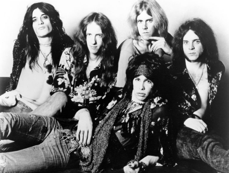 AEROSMITH: Joe PERRY and Tom HAMILTON and Steven TYLER and Brad WHITFORD and Joey KRAMER